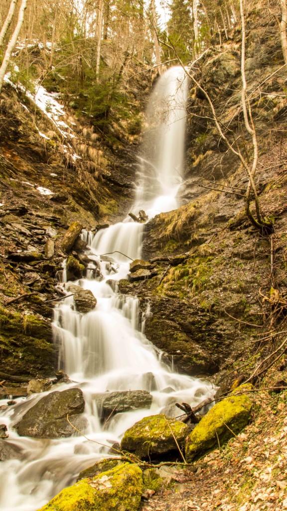 03_Wasserfall-komplett